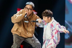 Cậu bé 10 tuổi được giám khảo nhận xét là tương lai của nhạc Việt