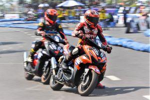 Trải nghiệm đua xe máy bằng Yamaha NVX