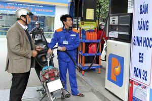 Xăng, dầu giảm giá