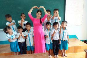 Ước mơ của cô giáo Hrê dạy lớp ghép ở xóm Đèo Chim heo hút