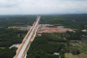 Hình hài 98km cao tốc trị giá 7.700 tỷ đồng nối Quảng Trị và TT - Huế