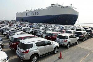 Quy định mới đối với ô tô tạm nhập khẩu miễn thuế của đối tượng được hưởng ưu đãi chưa làm thủ tục chuyển nhượng