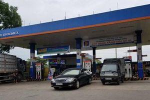 Giá xăng dầu giảm nhẹ từ 16h30 chiều nay