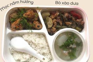 Vừa yêu nhau, cô gái Hà Nội được mẹ bạn trai chuẩn bị cơm trưa mỗi ngày 'ngon muốn xỉu' khiến dân tình ghen tỵ