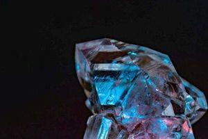 Công ty 'sống lại' khi tìm thấy 5 viên đá xanh quý hiếm nhất thế giới