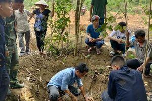 Cất bốc thành công 5 bộ hài cốt liệt sỹ tại Bình Phước