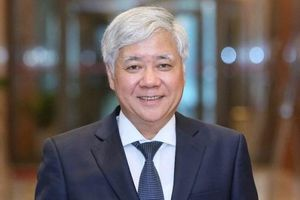 Bí thư Trung ương Đảng Đỗ Văn Chiến làm Chủ tịch Ủy ban Mặt trận Tổ quốc Việt Nam