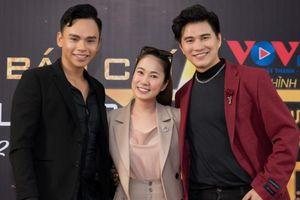 MC Thanh Thảo Hugo trở về trường cũ làm cố vấn cho cuộc thi tìm kiếm tài năng MC