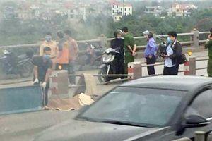 Điều tra vụ tai nạn giao thông trên cầu Thanh Trì khiến một nam giới tử vong