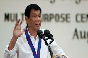 Ông Duterte tái xuất, xóa đồn đoán về sức khỏe