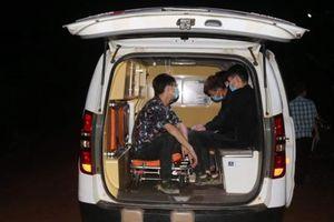 Bình Phước: 2 taxi chở người nước ngoài nhập cảnh trái phép