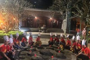 Mở tour du lịch đêm Đền Hùng