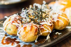 Món bánh nướng bạch tuộc của người Nhật