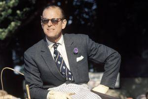 Hoàng thân Philip luôn là biểu tượng thời trang