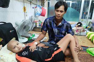Bé trai gặp nguy hiểm vì ung thư bàng quang
