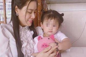 Linh Lan khoe món quà cuối cùng Vân Quang Long mua cho con gái