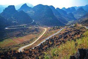 'Nín thở' trên những con đèo Hà Giang đẹp không kém Mã Pí Lèng
