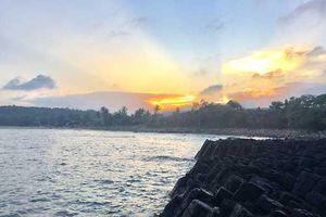 Gành Đá Đĩa - tuyệt tác thiên nhiên ban tặng cho Phú Yên