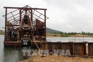 Phản hồi thông tin của TTXVN: Công ty Hồng Nguyên bị xử phạt do vi phạm khai thác cát