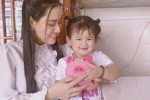 Xót xa món quà cuối cùng mà Vân Quang Long gửi đến con gái Helen
