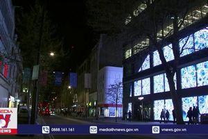 Khu phố biểu tượng của London sáng đèn trở lại