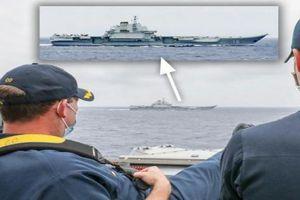 Mỹ gửi gắm thông điệp gì qua bức ảnh tàu khu trục USS Mustin theo dõi tàu Liêu Ninh?