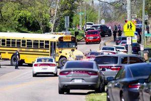 Học sinh Mỹ bắn cảnh sát, bị bắn trả tử vong