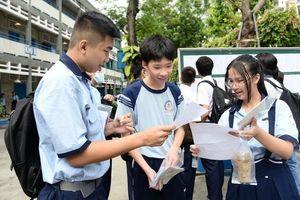 Quy định mới nhất về tuyển sinh lớp 10 chuyên và lớp 10 dân lập tại thành phố Hồ Chí Minh
