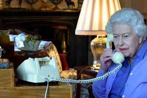 'Điều phàn nàn duy nhất' của Hoàng thân về Nữ hoàng trong 73 năm