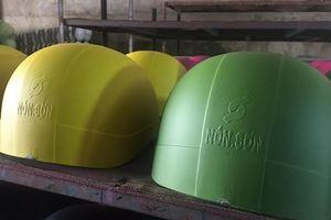 Xưởng sản xuất mũ bảo hiểm giả hiệu Nón Sơn