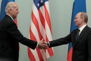 Tổng thống Biden điện đàm với ông Putin về Ukraine