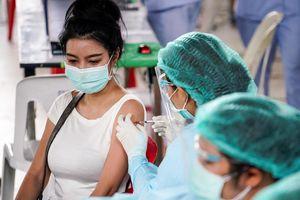Người Việt ở Thái 'chưa từng thấy Covid-19 đến gần như vậy'