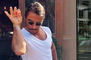 'Thánh rắc muối' bị kiện 5 triệu USD vì vi phạm bản quyền
