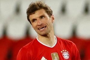 Bayern Munich đối mặt khủng hoảng