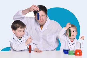 Ông bố làm hàng trăm thí nghiệm cùng con