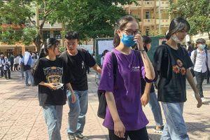 Học sinh thi vào lớp 10 tại Hà Nội: Dễ nhầm nguyện vọng nếu không nghiên cứu kỹ