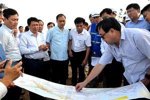 Đoàn công tác Quốc hội giám sát tình hình cung cấp đất đắp nền cao tốc bắc - nam