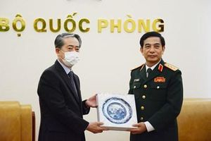Không ngừng củng cố quan hệ hợp tác quốc phòng Việt Nam-Trung Quốc