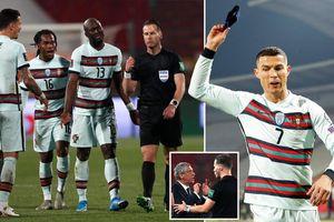 Sau vụ 'cướp bàn thắng' của Ronaldo, trọng tài bị cho 'bay màu' Euro 2020