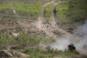 Ukraine triển khai vũ khí do Mỹ sản xuất để đối phó với Nga?