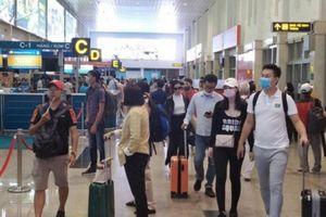 Lắp thêm 2 thang máy phục vụ hành khách ở sân bay Tân Sơn Nhất