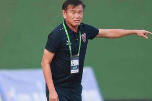 'Phù thủy' V-League phải tạm dừng công việc vì lý do bất khả kháng