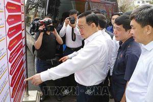 Chủ tịch Quốc hội kiểm tra công tác bầu cử tại Quảng Ninh