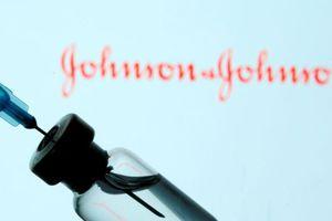 Mỹ, EU dừng tiêm vaccine Covid-19 Johnson & Johnson vì gây đông máu hiếm gặp
