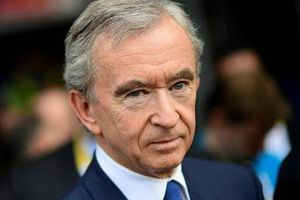 'Ông trùm' hàng xa xỉ Bernard Arnault kiếm gần 100 tỷ USD trong năm Covid