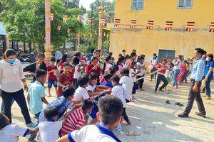 Sân chơi hào hứng cho trẻ em người dân tộc thiểu số Khmer nhân dịp Tết Chol Chnam Thmay