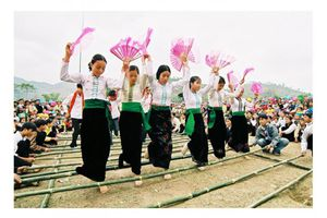 Hòa Bình - Giữ gìn bản sắc văn hóa trong thời đại mới