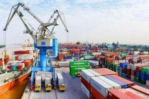 Cán cân thương mại hàng hóa thặng dư gần 2,8 tỷ USD