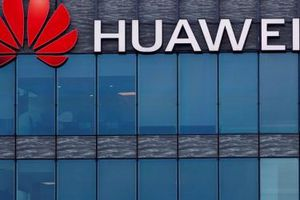 Huawei đã làm gì để giữ niềm tin của khách hàng trong hơn 3 thập kỷ qua?