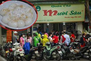 Người Hà Nội xếp hàng dài, chờ cả tiếng đồng hồ mua bánh trôi ngày Tết Hàn thực